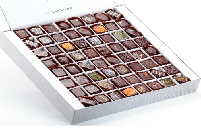 Boite 64 chocolats noirs Manon
